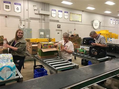 Photo of volunteers at Food Bank of the Rockies